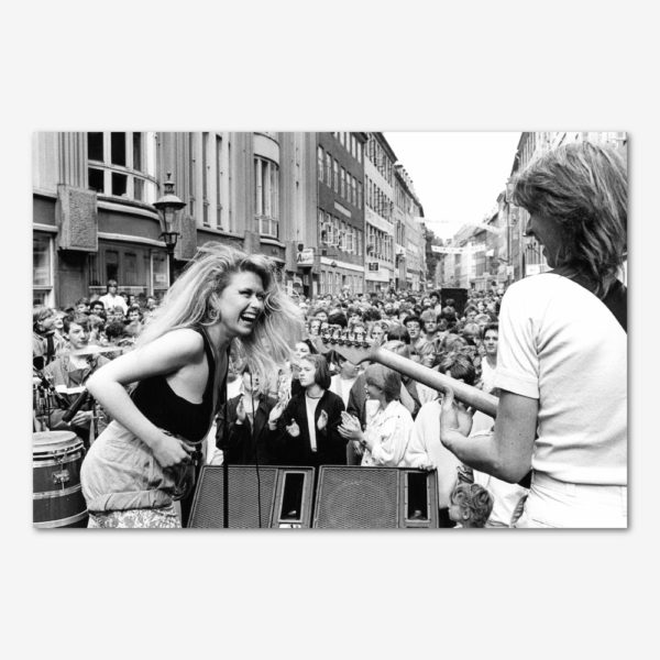 Gadefest i Pisserenden med Sanne Salomonsen. Foto Søren Rud.